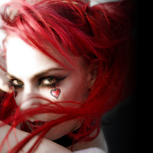 Emilie Autumn (born September 22nd, 1979 in Los Angeles, California, United States, currently residing in Chicago) is a violinist, singer-songwriter, ... - emilie-autumn